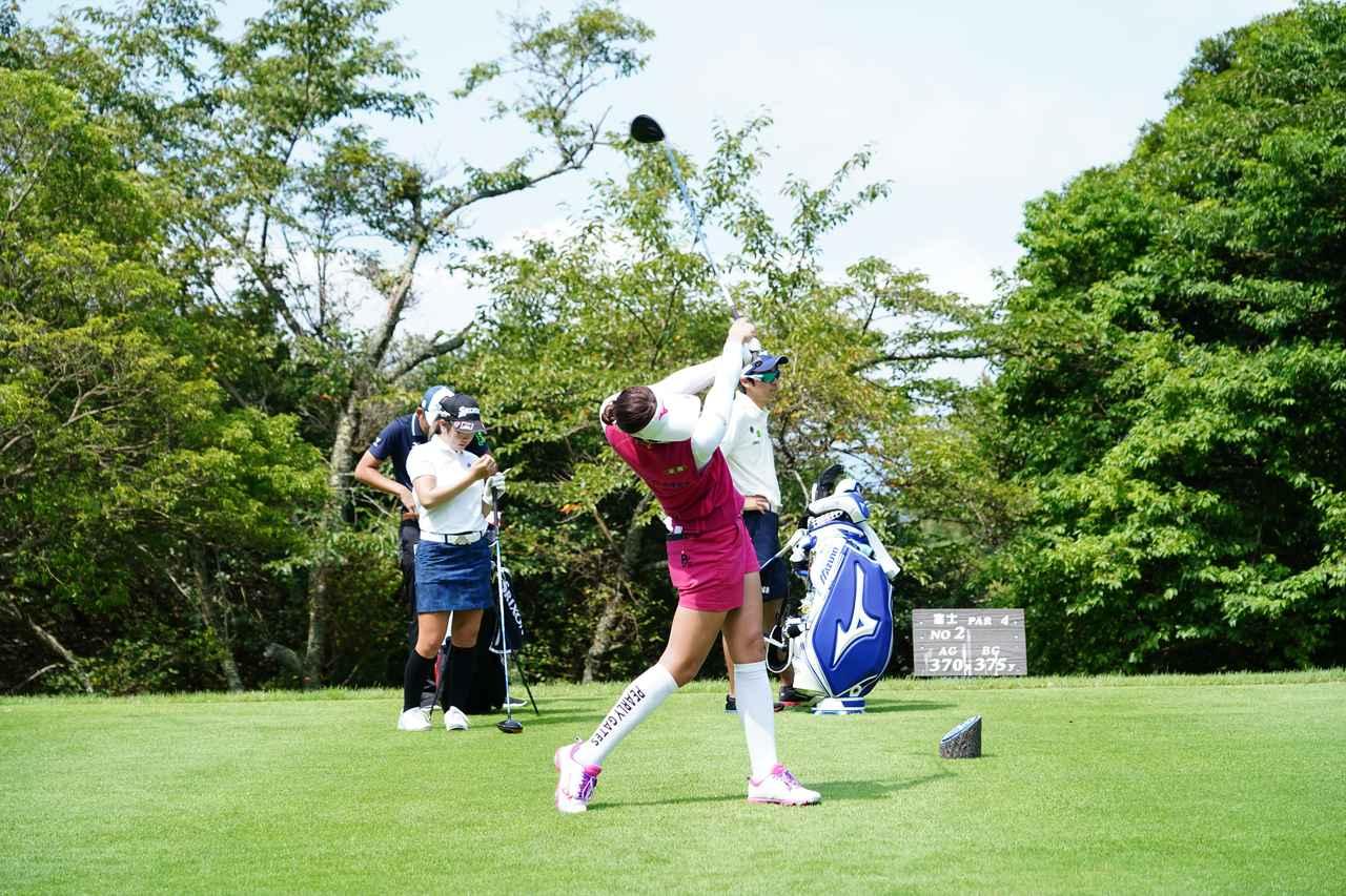 Images : 15番目の画像 - 原英莉花 ドライバー連続写真 - みんなのゴルフダイジェスト
