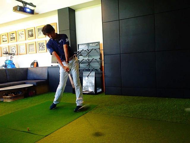 画像: プロゴルファー・中村修が試打し、そのデータをトラックマンで計測。5球打ち、その平均値を算出した
