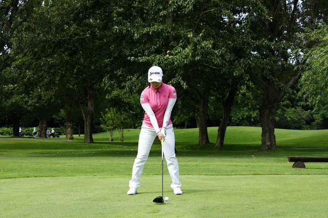 画像: 1番目の画像 - 小祝さくら ドライバー正面ドライバー連続写真 - みんなのゴルフダイジェスト