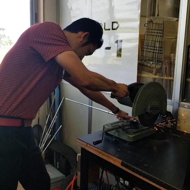 画像: フィッターとして活躍する石井氏。その経験から、ドライバーの長さについて教えてくれた