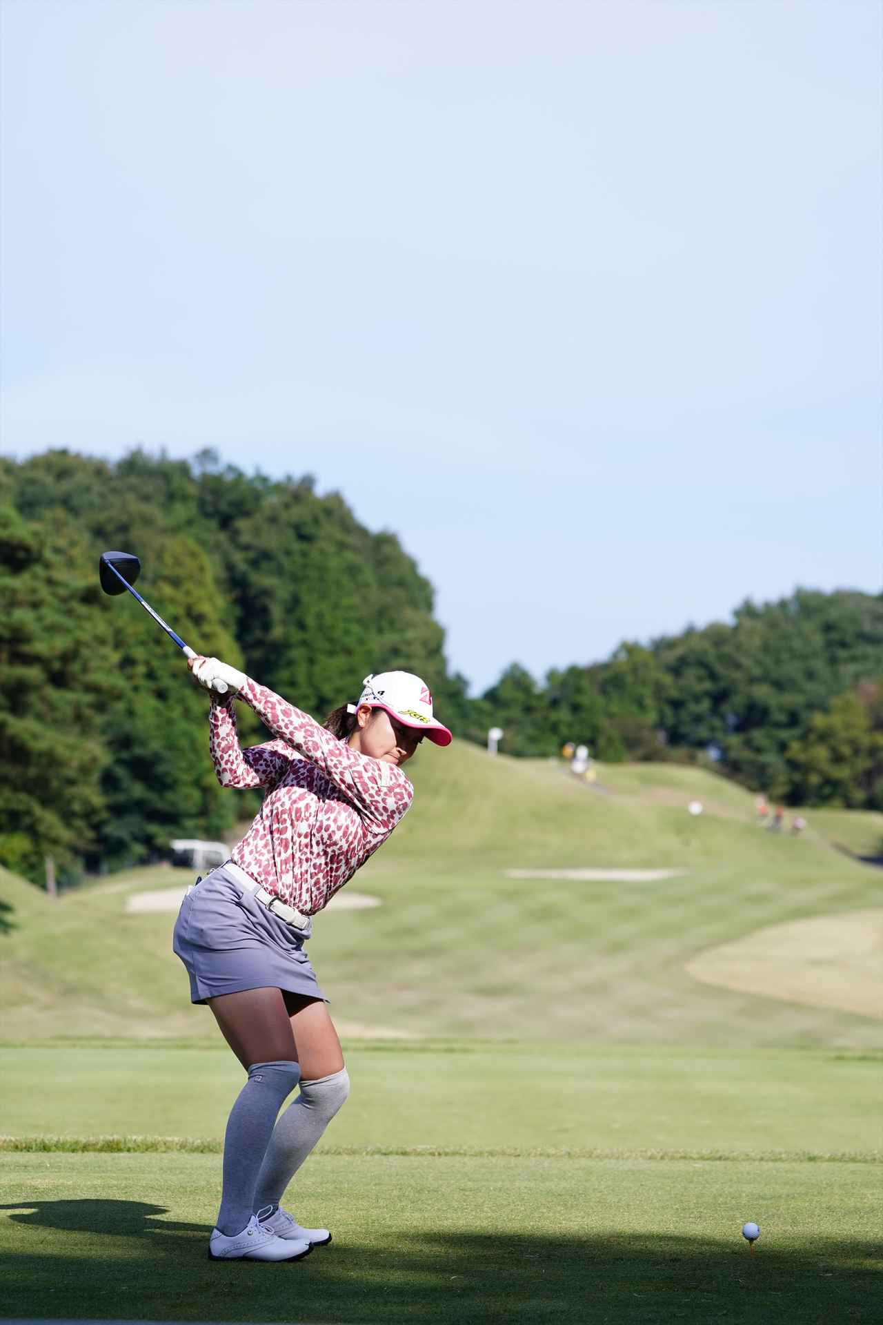 Images : 7番目の画像 - 高木優奈 ドライバー後方連続写真 - みんなのゴルフダイジェスト