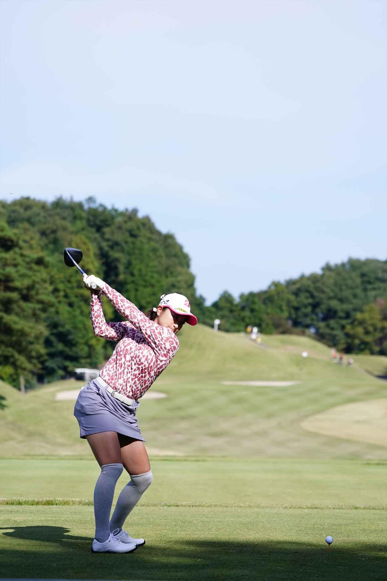 Images : 6番目の画像 - 高木優奈 ドライバー後方連続写真 - みんなのゴルフダイジェスト