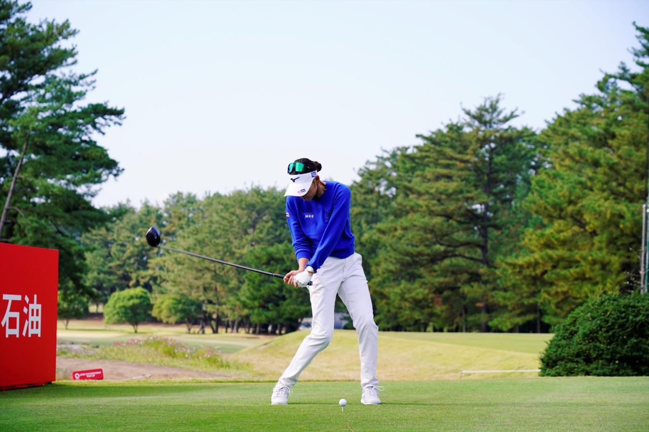 Images : 8番目の画像 - 原英莉花のドライバー連続写真 - みんなのゴルフダイジェスト