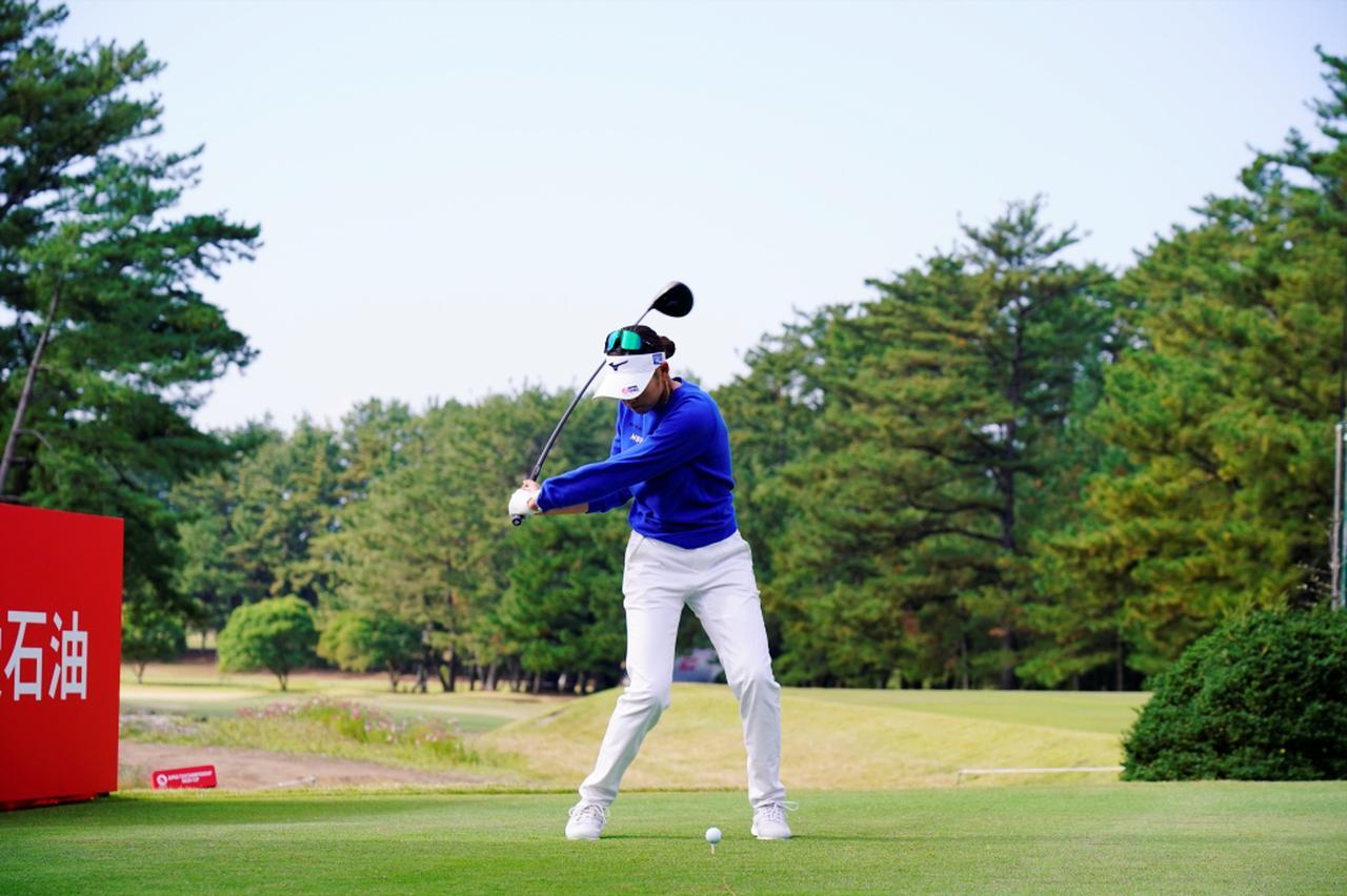 Images : 7番目の画像 - 原英莉花のドライバー連続写真 - みんなのゴルフダイジェスト