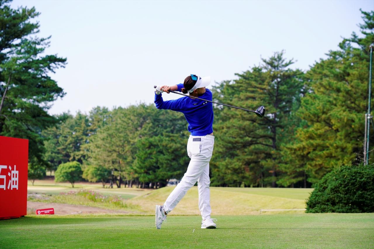 Images : 15番目の画像 - 原英莉花のドライバー連続写真 - みんなのゴルフダイジェスト