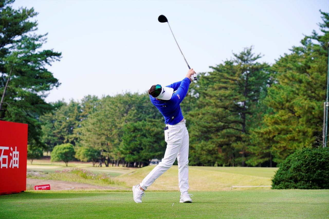 Images : 12番目の画像 - 原英莉花のドライバー連続写真 - みんなのゴルフダイジェスト