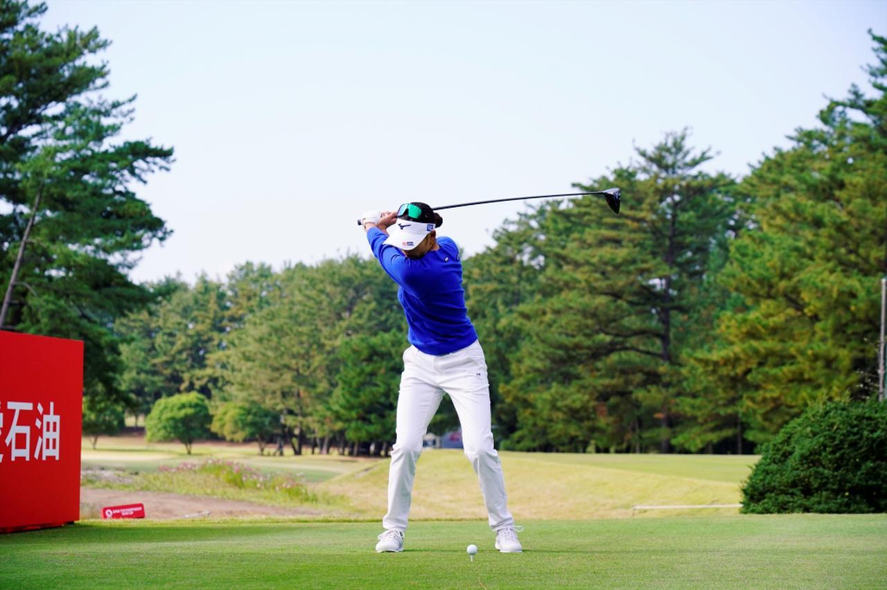 Images : 5番目の画像 - 原英莉花のドライバー連続写真 - みんなのゴルフダイジェスト