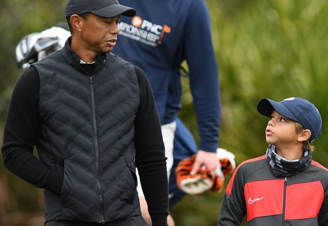 画像: PNCチャンピオンシップに出場するタイガー(左)とチャーリー(右)(写真はGetty Images)