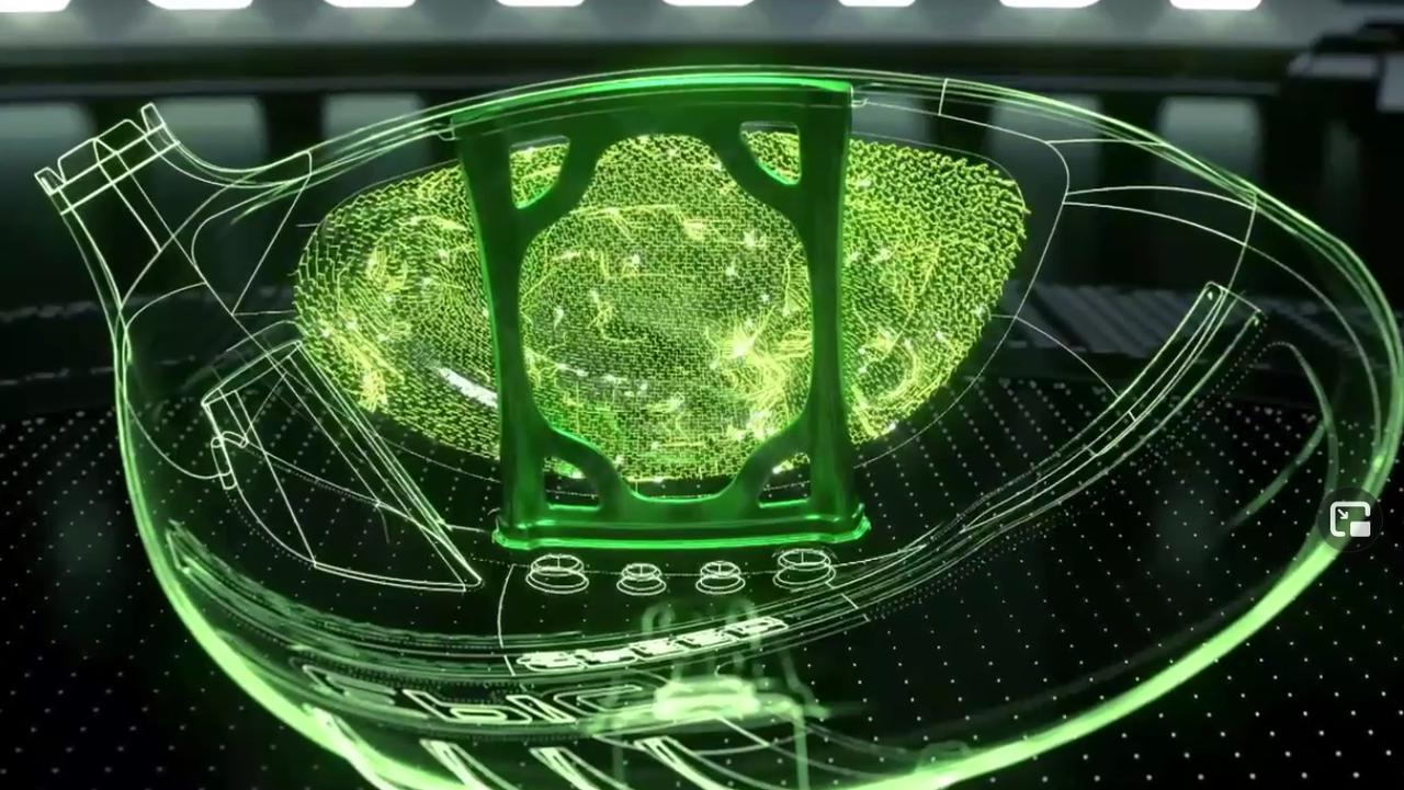 画像: フェース裏に「梁状の構造」が設置されている新しい「エピック」(画像はキャロウェイ 発表会映像の画像キャプチャ)