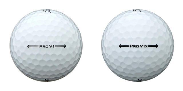 画像: 左がプロV1、右がプロV1x。サイドスタンプは矢印となり、アライメント性が高まった