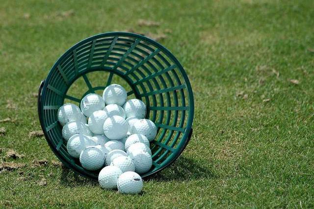 画像: ラウンド前日は球を打つことより素振りをして体の動きを確認しよう!