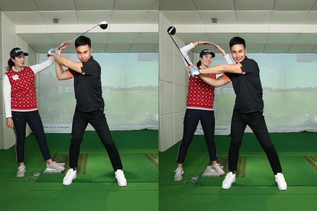 画像: トップ(左)とダウンスウィング(右)で、右ひじの高さを変えずにクラブを下ろすのが右ひじを体に近づけ過ぎないためのコツだ