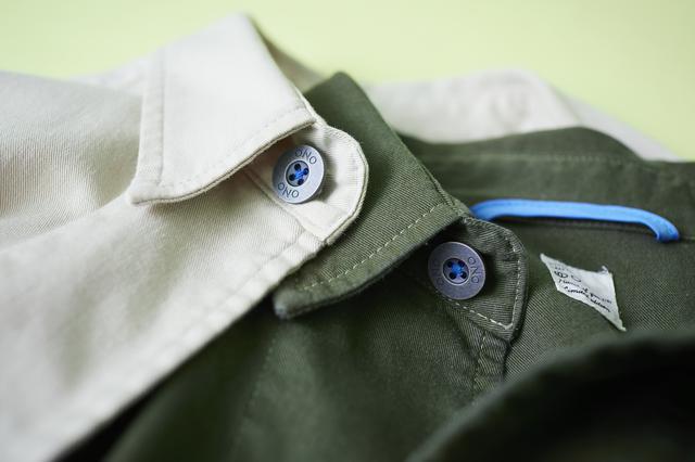 画像: あえて縫い目の間にできるシワ(パッカリング)を際立たせ、カジュアルさを演出。