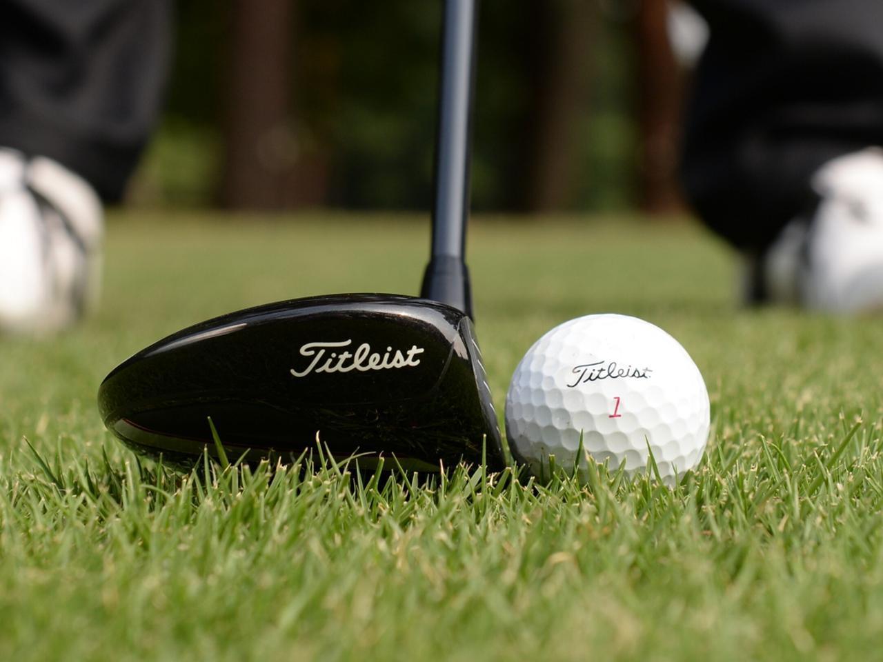 画像: 3Wなどはロフトが立っているぶん苦手意識を持っているゴルファーは多いかもしれない。上手く打てず失敗が多いクラブは諦めるのも立派な選択肢だ
