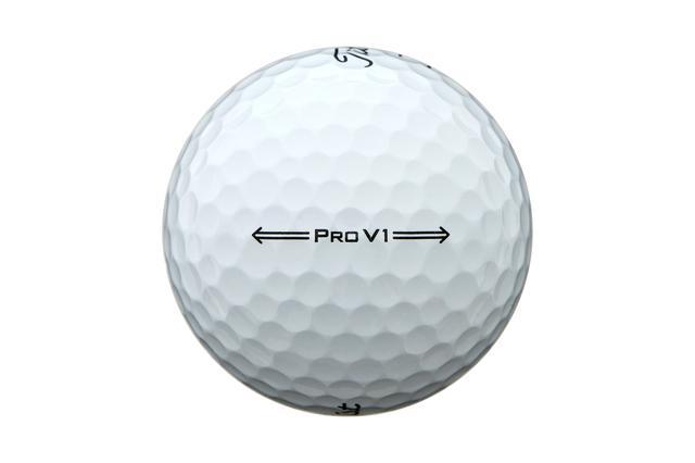 画像: 飛距離、スピンといった性能面の向上とともに打感がよりソフトになった新しい「ProV1」