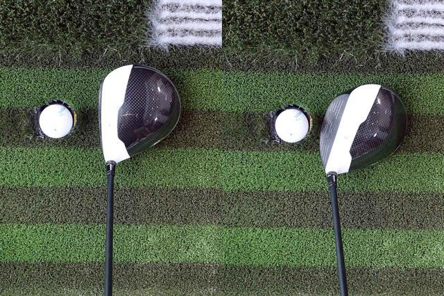 画像: アウトサイドインのカット軌道で振っていることで、フェースが開いてインパクト(右)してしまっているのがスライスの原因。写真左のようにフェースを閉じてボールをつかまえられるインパクトを作りたいところだ