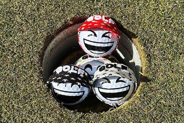 画像: ゴルフボール専用のアクセサリーはボールの可愛さをさらに引き立たせてくれるんです!(写真提供/TORUNDA)