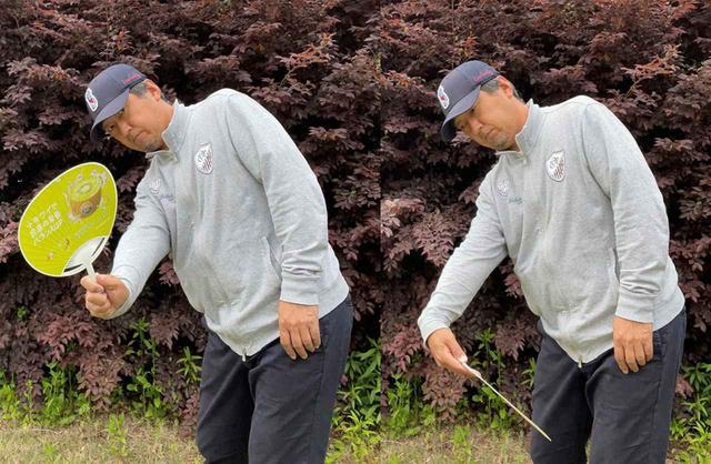 画像: (左)親指を上に立てるようにフォローを出していく。(右)手首を手のひら側に折るように使ってしまうとフェース面が安定しない