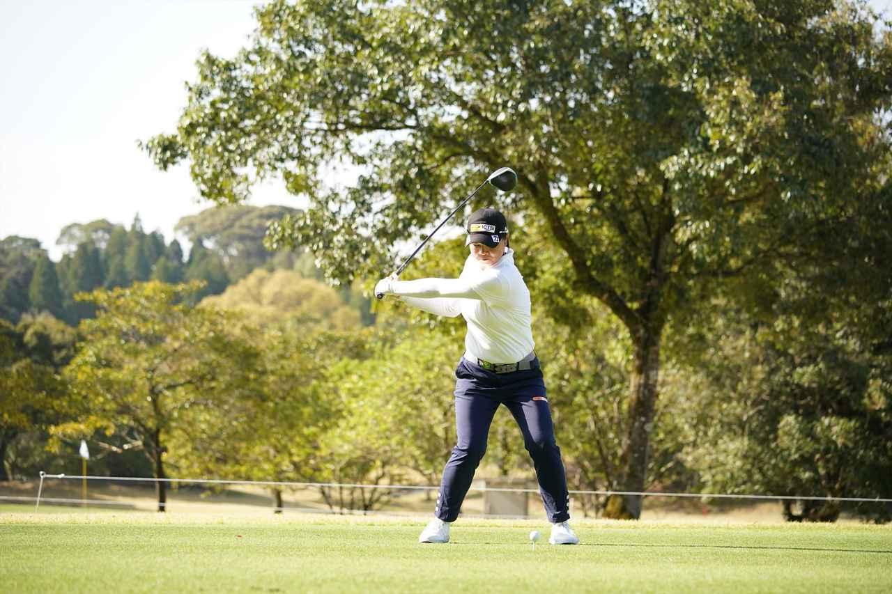 Images : 7番目の画像 - 笹生優花 ドライバー正面連続写真 - みんなのゴルフダイジェスト