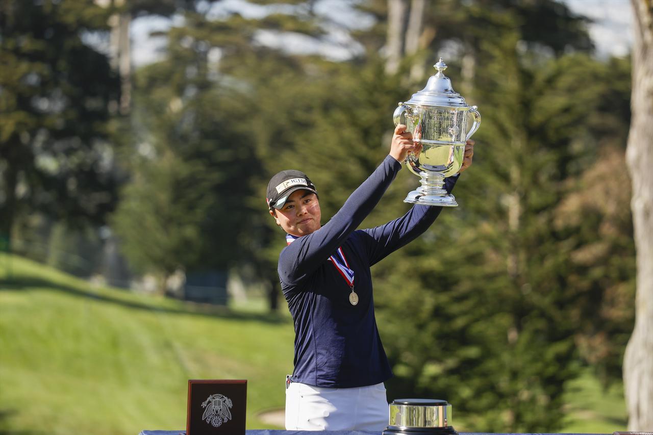 画像: 19歳11か月17日の史上最年少優勝タイ記録で全米女子オープンを制した笹生優花(USGA/John Mummert)