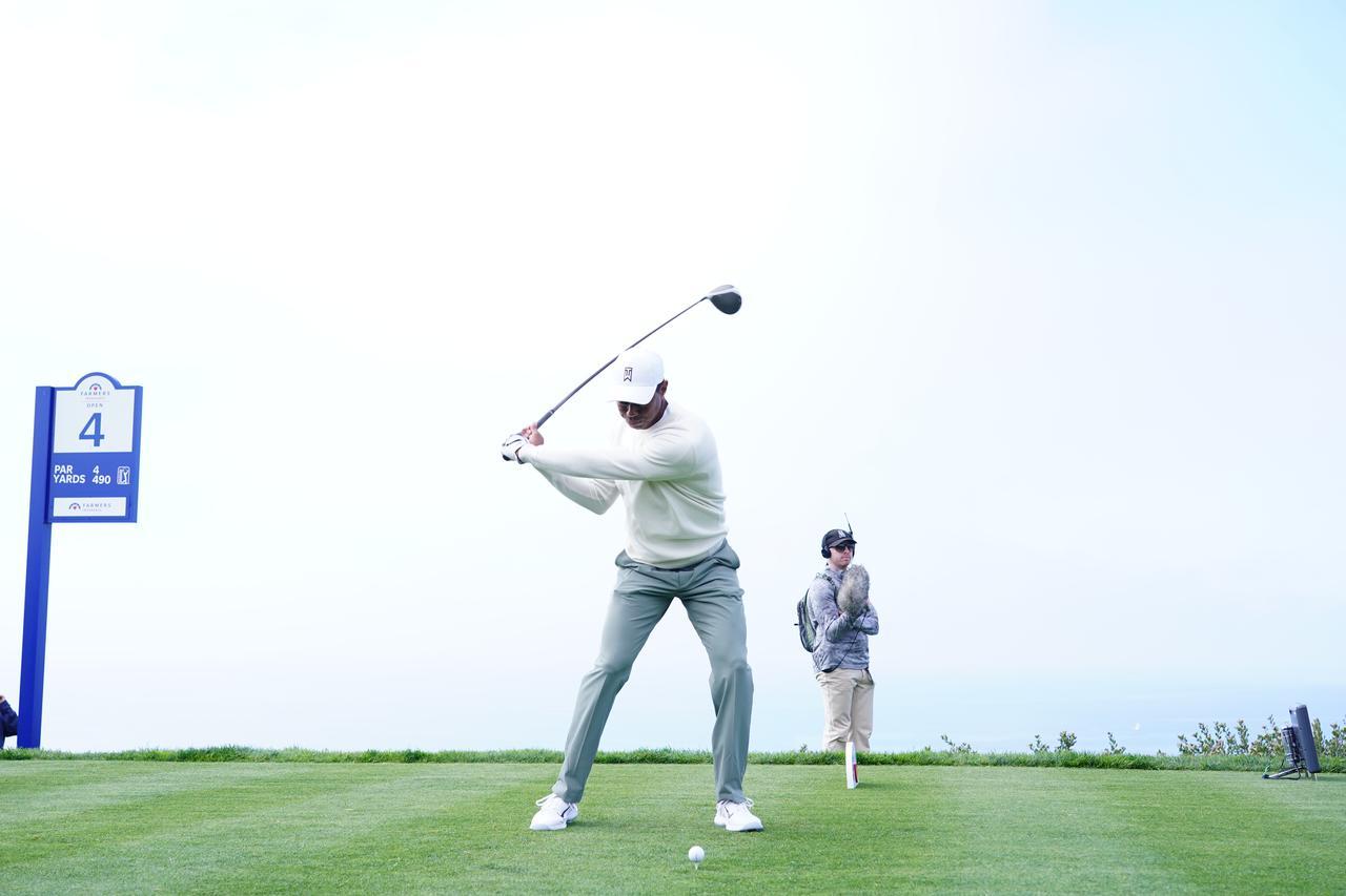 Images : 14番目の画像 - 正面から見たタイガー・ウッズのドライバースウィング連続写真 - みんなのゴルフダイジェスト