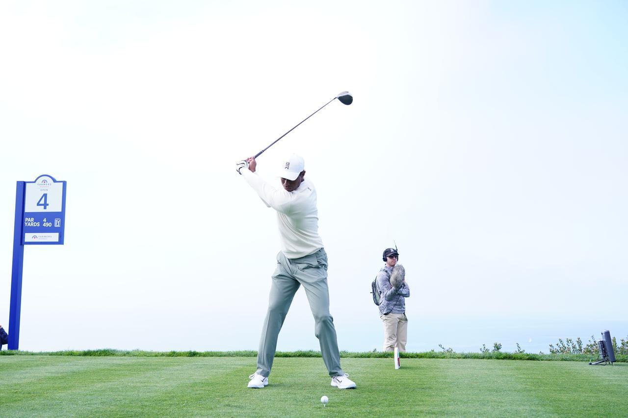 Images : 9番目の画像 - 正面から見たタイガー・ウッズのドライバースウィング連続写真 - みんなのゴルフダイジェスト