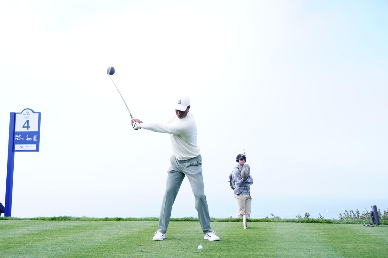 Images : 7番目の画像 - 正面から見たタイガー・ウッズのドライバースウィング連続写真 - みんなのゴルフダイジェスト