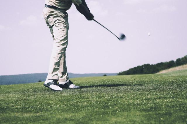 画像: 株式会社NearMe(ニアミ―)はドアtoドアのゴルフ場送迎サービスを開始した