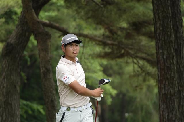 画像: 岡山県の作陽高校出身の18歳、久常涼。AbemaTVツアー優勝の権利で8月のレギュラーツアー2試合の出場権を得た(写真は2021年のゴルフパートナープロアマトーナメント)