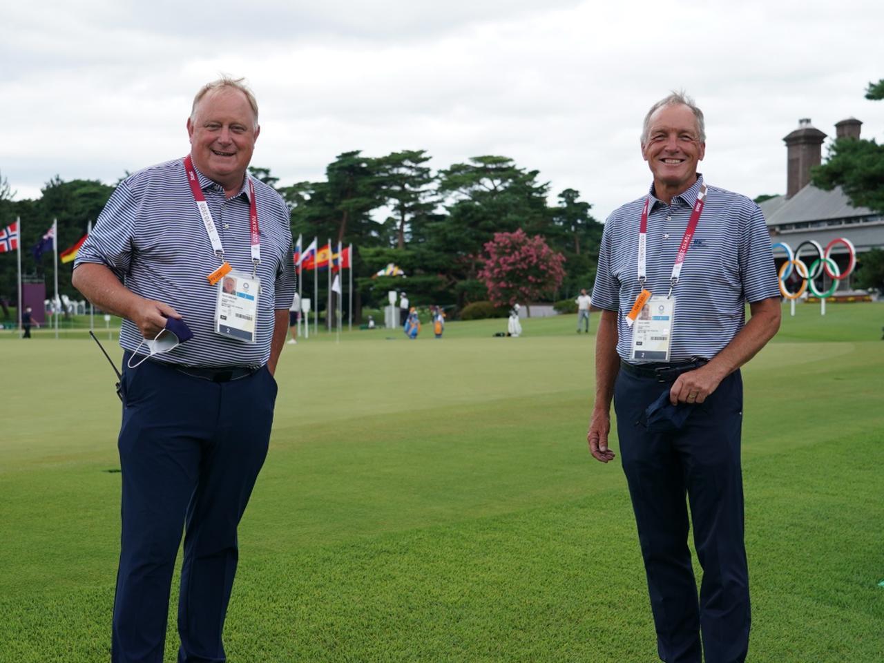 画像: オリンピックゴルフの開催コースである霞ヶ関カンツリー倶楽部のコースセッティングを務めたデイビッド・ガーランド氏(左)とケリー・ハイフ氏(右)