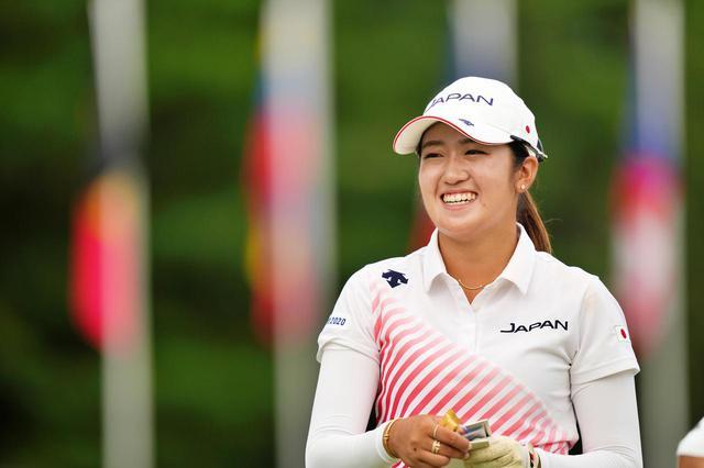 画像: 東京オリンピックゴルフ競技女子で史上初の銀メダルを獲得した稲見萌寧