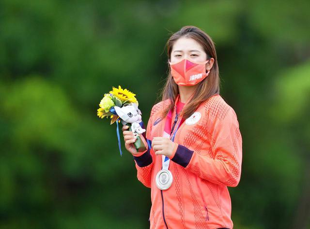 画像: 自国開催のオリンピックでに稲見萌寧が銀メダルを獲得したことでゴルフ界に吹く大きな追い風を今後にどう生かせるか