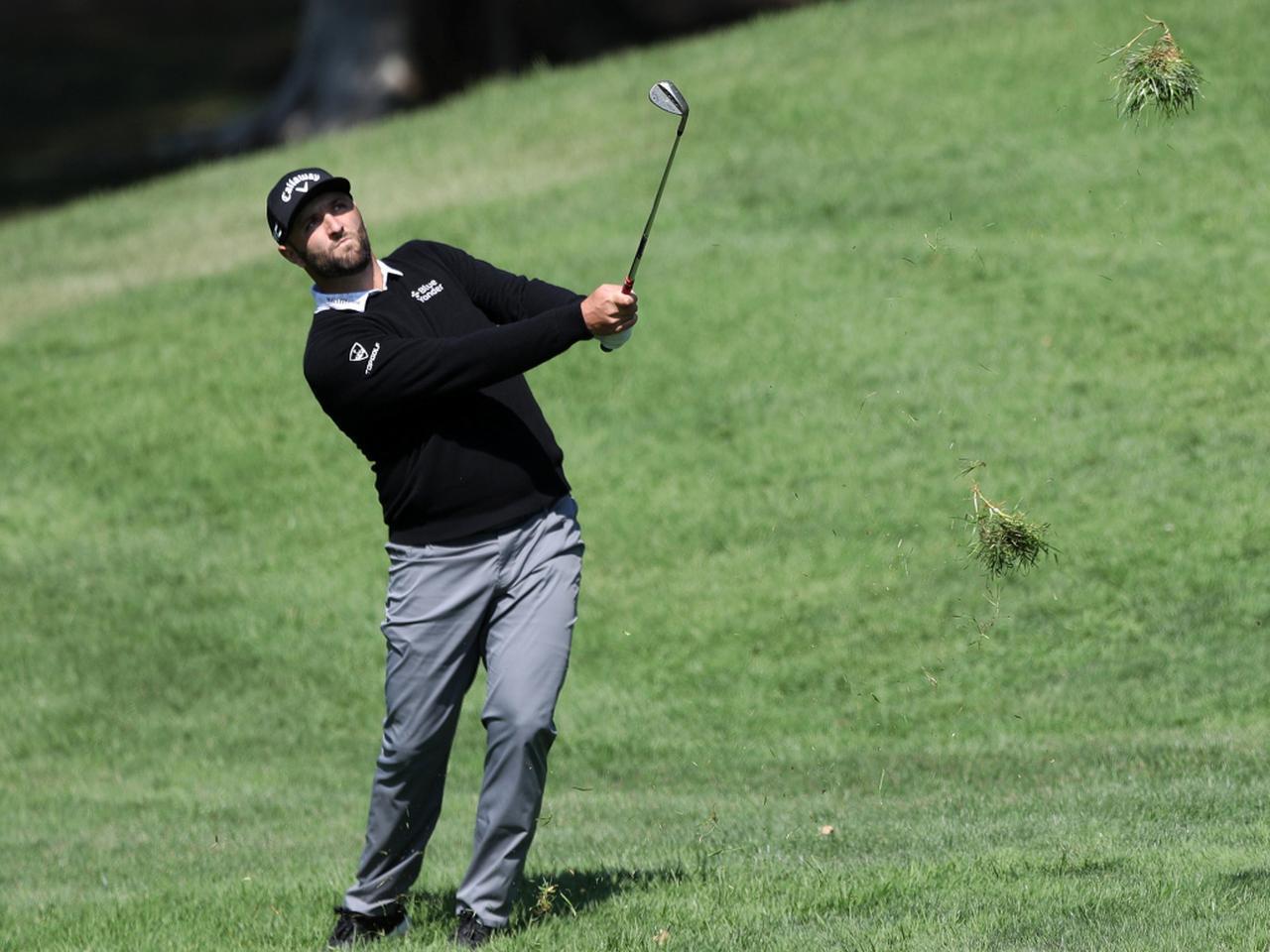 画像: PGAツアー21-22シーズン初戦「フォーティネット選手権」初日を終え、イーブンパー106位タイと出遅れたジョン・ラーム(写真/Getty Images)