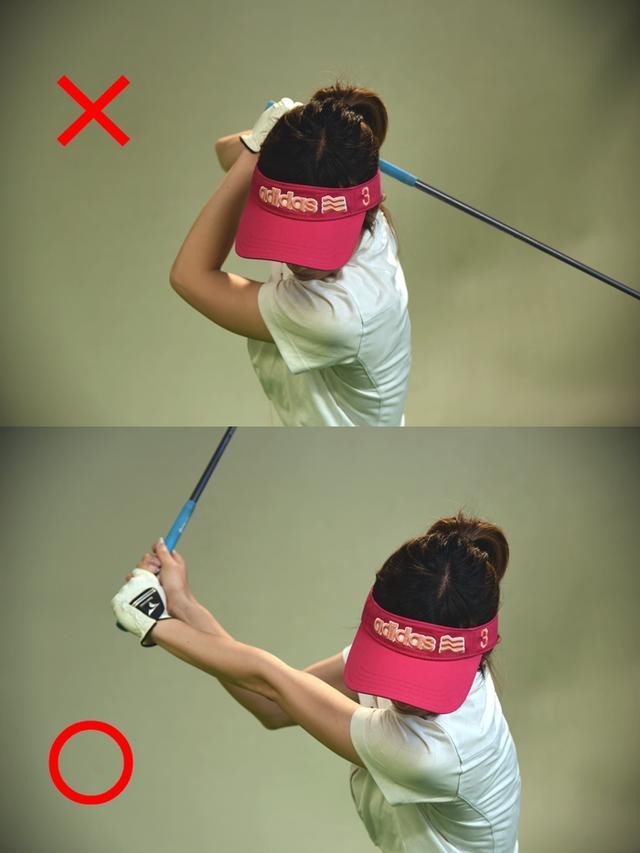 画像: トップでのグリップの位置がカラダに近く、左腕がゆるんでいると飛距離が出ない。番手ごとの距離をしっかりと出したいならば、グリップをカラダの遠くに上げる意識を持ち、腕に張りをもたせることだ。