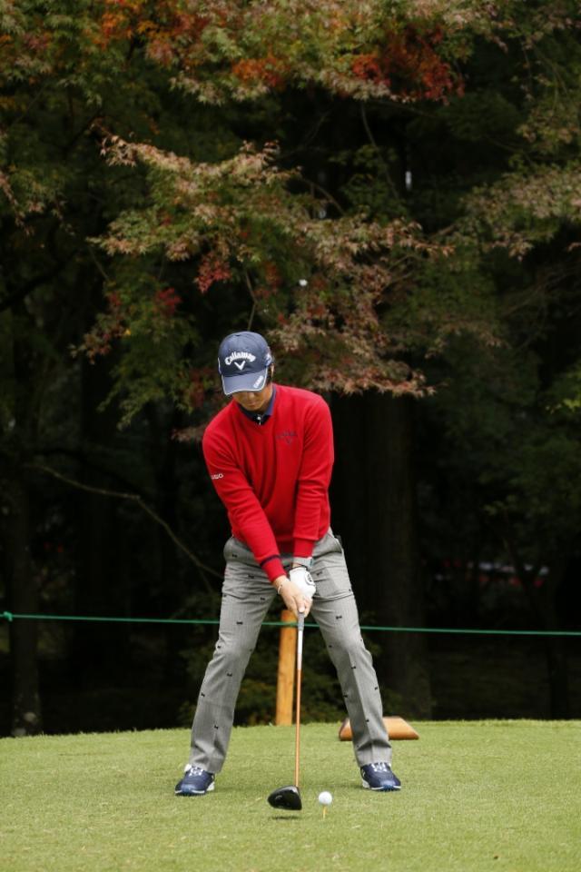 画像: 2015年に日本ツアーに参戦した際、石川遼プロがソールを浮かせて構えていた。