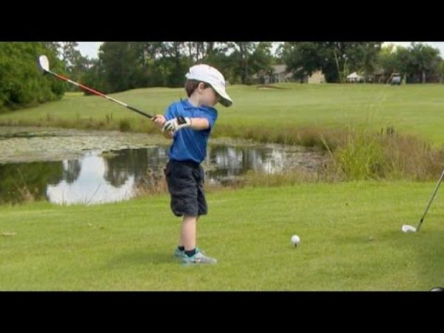 画像: Is This 3-Year-Old Golf Prodigy the Next Tiger Woods? | Nightline | ABC News www.youtube.com