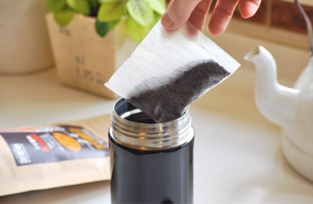 画像: 見た目は夏におなじみの麦茶のパック。これ、コーヒーなんです www.nanbanya.co.jp