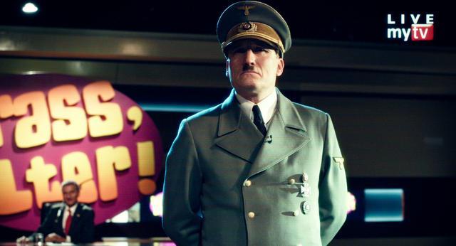 画像: 賛否両論渦巻きながらも、ヒトラーは再び大衆の熱狂を獲得していく
