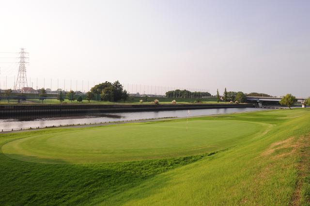 画像: 日が暮れるまで、ゴルフしてたい。(撮影/横山博昭)