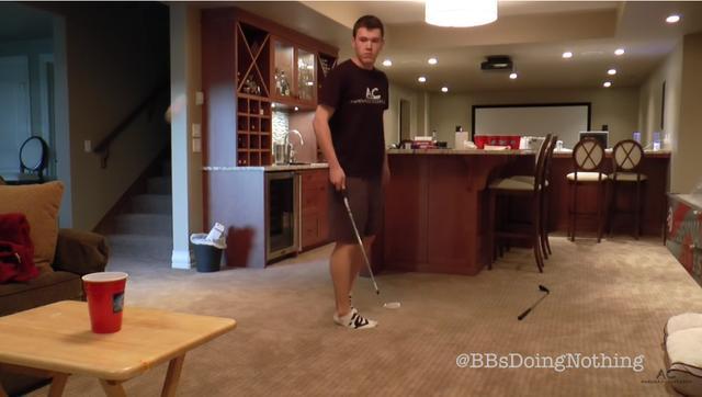 画像: 最後に弾いたボールの行方は……?
