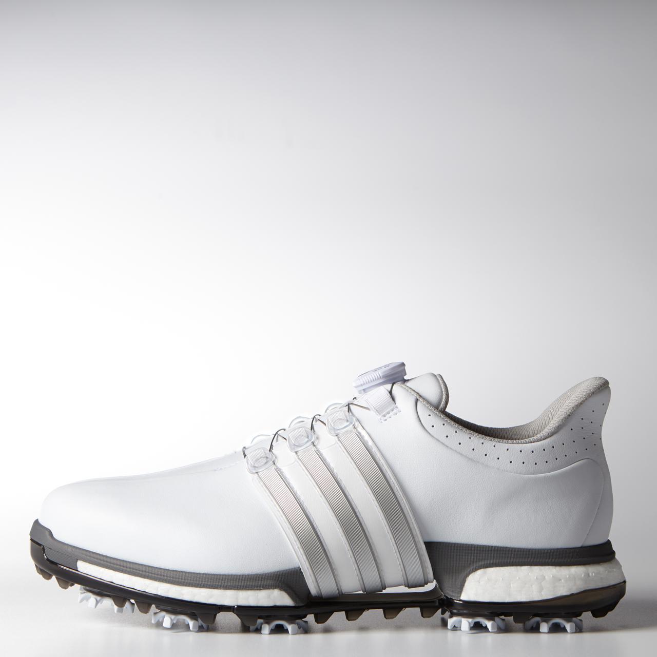 画像: ダスティン・ジョンソンが着用したカラーをプレゼント。ちなみにジョンソンはダイヤル式でなく、日本未発売の普通の靴ひもバージョンを着用