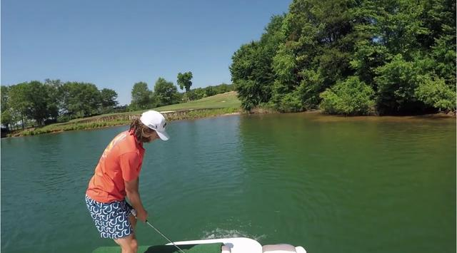 画像: これ、乗せるとか寄せるの前に打った後に自分が池ぽちゃしそう www.youtube.com