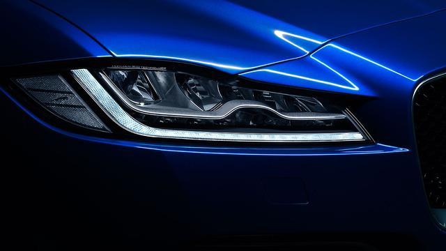 画像2: ジャガーの新型SUVは、「世界記録保持車」だった!