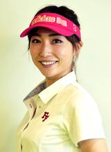 画像: 高橋友希子コーチ。美人で教え上手。現在は、千葉県の市川駅前ゴルフクラブを中心にレッスン活動中だ。個人レッスンの申し込みは⇒ yukiko_golflesson@yahoo.co.jp ameblo.jp
