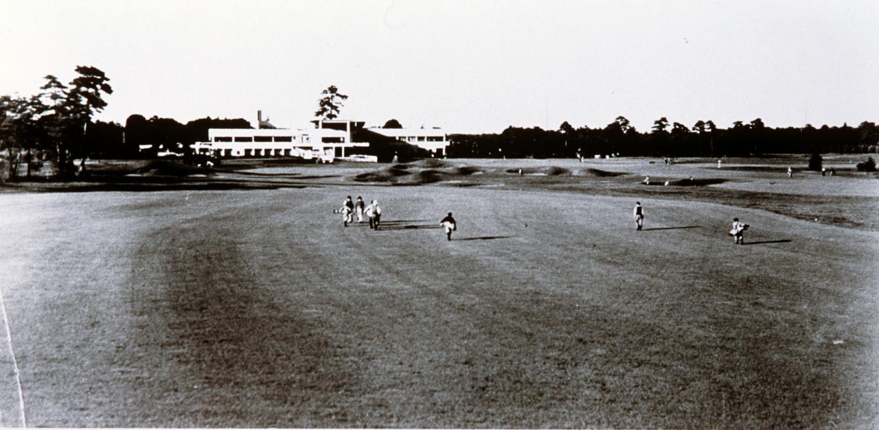 画像: 朝霞コースと1932年完成のクラブハウス