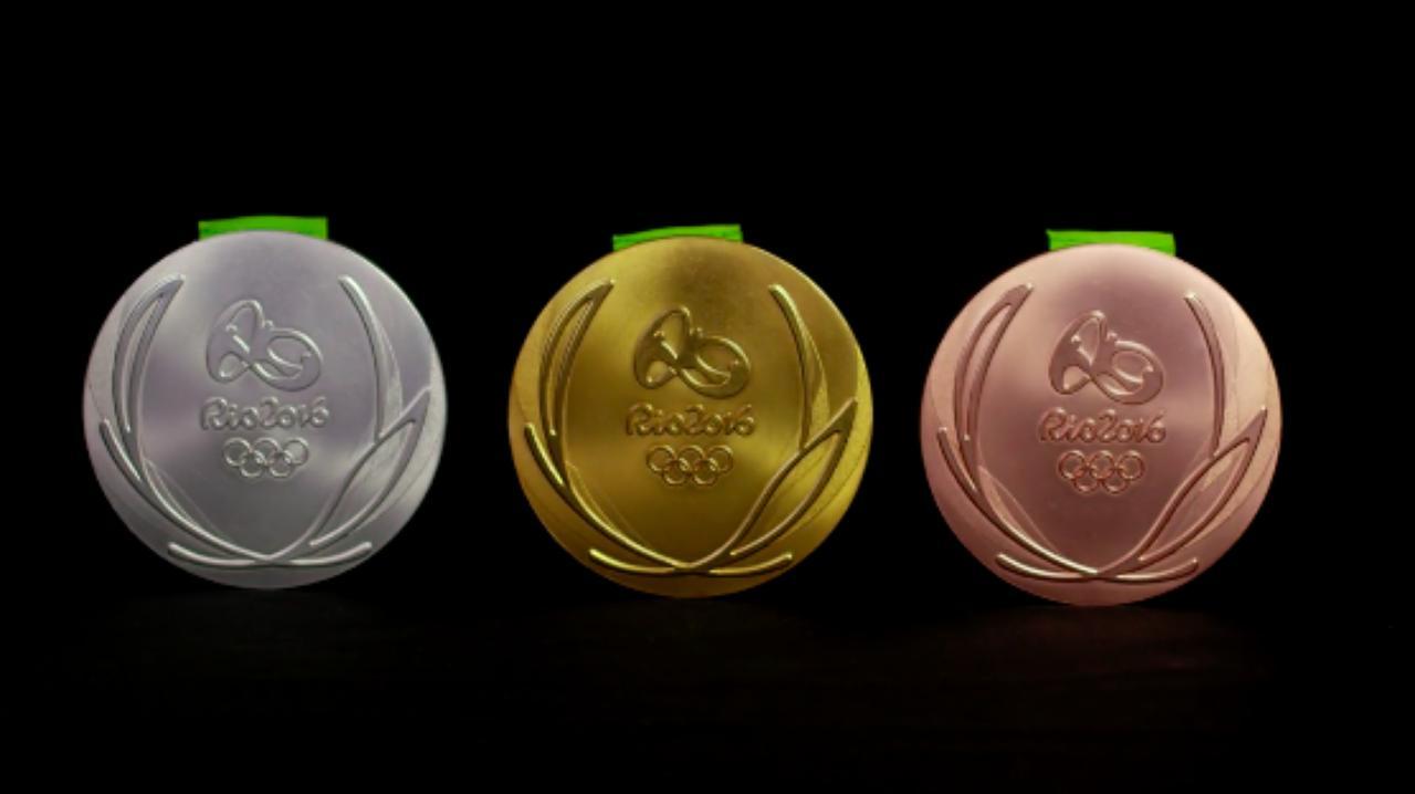 画像1: 完成したオリンピックメダル
