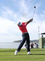 画像: ジェイソン・デイみたいなでっかいフォローを「杖つきドリル」で手に入れる。 - Thumbs Up Golf