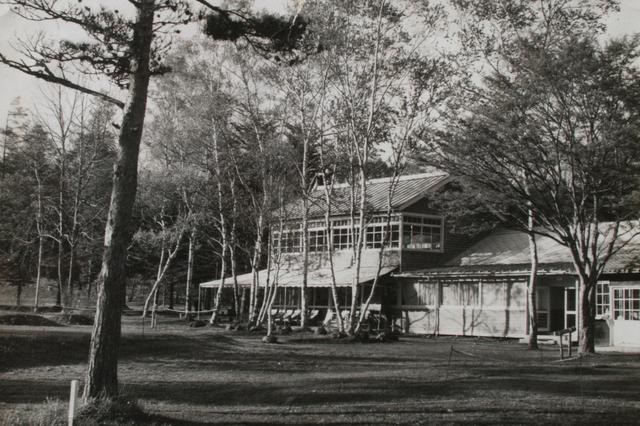 画像: 大正から昭和にかけて使用されていたクラブハウス。コース完成当初はクラブハウスがなかった。