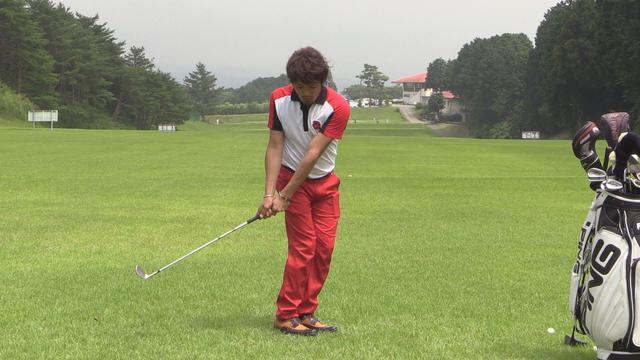 画像: ⑦「アプローチでミスしないアドレスのとり方!」鳥井雄一郎の『ジェイソン・デイになりたいですか?』 www.youtube.com