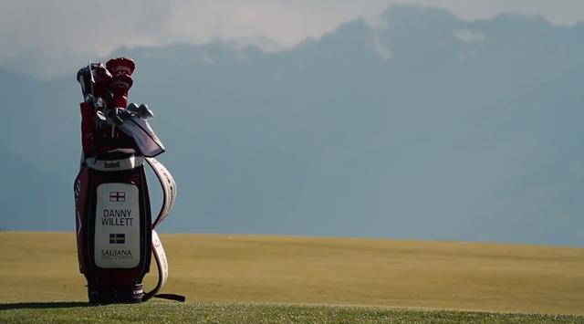 画像: ディフェンディングチャンピオンでマスターズ王者、ダニー・ウィレットのバッグが雄大な景色に栄えます twitter.com